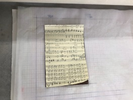 Music on top of the plate, ready to print
